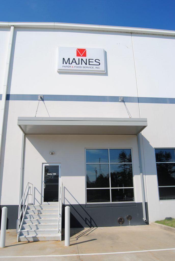 maines1-687x1024-687x1024.jpg