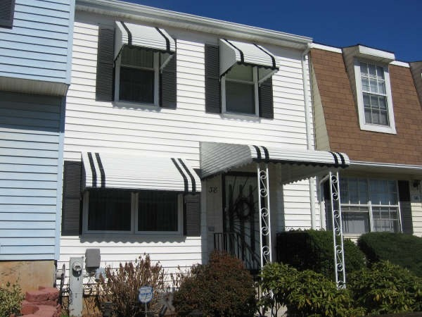 Why Use Aluminum As Your Awning Material?